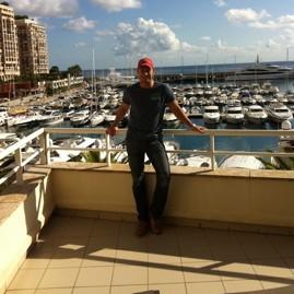 Dennis - Monaco